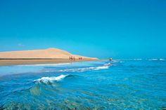 Op naar #GranCanaria zeggen wij, want met de winter voor de deur is de tijd voor een warme #getaway aangebroken! #kust #strand #zand #water #zee #travelbird