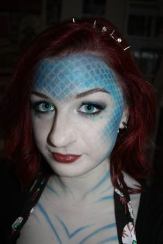 alien costume | Tumblr lace used as a stencil with eyeshadow to fill in