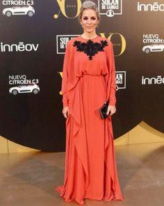Alejandra Silva Premios Yo Dona vestida por Victoria by Vicky Martín Berrocal