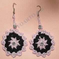Pink and black color crochet earrings in flower shape. Beautiful and Stylish. Unique Earrings, Earrings Handmade, Flower Shape, Crochet Flowers, Crochet Earrings, Shapes, Jewels, Gemstones, Silk