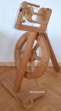 Spinnrad Von Lukow In Maitenbeth,  Kugelgelagert,  Massivholz,  Modern,  Klappbar Alte Berufe Bild