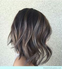27 hair color ideas for brunette hair color gals, for when you wanna give your locks a makeover. From soft caramel highlights to hair changing balayage.