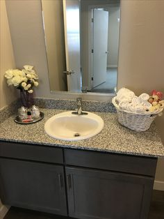 home staging with flowers home staging pinterest flowers
