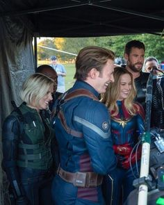 Marvel Avengers Movies, Avengers Cast, Marvel 3, Marvel Jokes, Marvel Actors, Marvel Funny, Captain Marvel, Captain America, Wanda Marvel