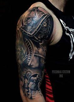 kämpfer tattoo, arm, armtattoo, helm, löwe, oberarmtattoo
