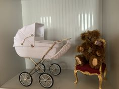 Kinderwagen 1:12 Baby Carriage, Prams, Small World, Miniature Dolls, Baby Strollers, Barbie, Diy, House, Beautiful