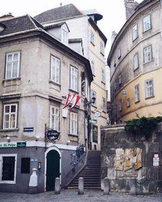 My Vienna! Seit sechs! Jahren wohne ich schon ihn Wienhellip Winter, Travel Inspiration, Street View, Outfit, Alone, Sustainability, Nice Asses, Winter Time, Outfits