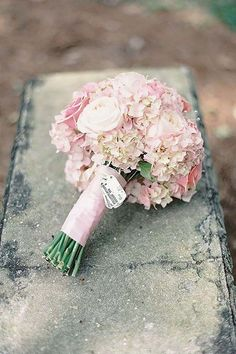 soft pink wedding bouquets via jessica lorren
