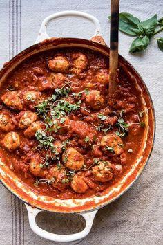 Sun-Dried tomato and ricotta turkey meatballs recipe half ba Meatball Recipes, Meat Recipes, Dinner Recipes, Cooking Recipes, Healthy Recipes, Quick Recipes, Pasta Recipes, Turkey Meatballs, Ricotta Meatballs