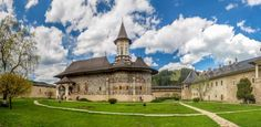 Sucevita, a little town from Bucovina, is a perfect stop during a tour of Romania. Enjoy the famous monastery, the rural atmosphere and the local culture. The Locals, Places To See, Most Beautiful, Romania Travel, Travel Tourism, Tours, Mansions, House Styles, City