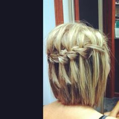 Waterfall braid works in short hair! Whattttt! someone is doing this to me