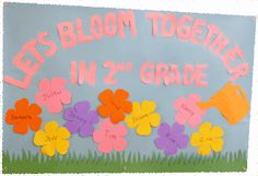 If you are looking for a super-cute and super-easy back to school bulletin board, then this flower theme is just for you. With vibrant pre-cut shapes from Hygloss, your job is made simpler than ever.