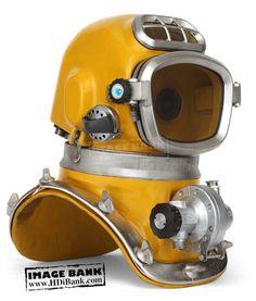 modern deep sea diver - Google Search http://www.deepbluediving.org/dive-computer-history/