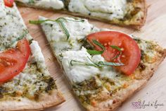 White Pizza With Tomato & Basil ~ YUM! One of my favorite types of pizza!
