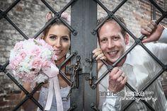 Jailed .. frisch verhaftet ;-) .. wem es auch bald so geht, dem kann ich sicherlich helfen www.hochzeitsfotografie-berlin.org   #wedding #weddings #weddingphotographer #weddingphotographers #heiraten #hochzeiten #hochzeitsfotograf #hochzeitsfotografberlin #hochzeitsfotografen #hochzeitsfotografenberlin