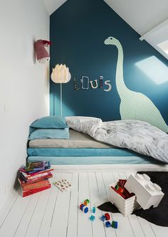 S room, dinosaur bedroom, kids bedroom. Little Boys Rooms, Kids Rooms, Play Rooms, Ideas Habitaciones, Kid Spaces, Small Spaces, Small Small, Kids Decor, Decor Ideas