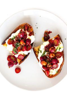 With ricotta, tarragon, and red pepper flakes, savory grape crostini just might be the perfect appetizer.
