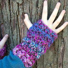 One Skein Wonder Fingerless Gloves | AllFreeCrochet.com