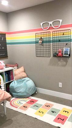 Little girl's colorful striped wall - A girl and a glue gun Zebra Wallpaper, Baby Wallpaper, Grey Striped Wallpaper, Grey Striped Walls, Vintage Wallpaper, Wallpaper Free, Room Wallpaper, Vertical Striped Walls, Pinterest Room Decor