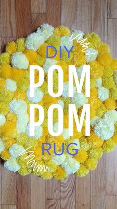 DIY Pom Pom Rug: uses non-slip rug liner to tie the pompoms onto.Save money by DIY-ing your own super soft Pom-Pom rug!DIY Pom Pom Rug - Want to do this with Navy, Mint, and White:)DIY Pom Pom Rug I can think of quite a few people who would love to g Diy Pom Pom Rug, Pom Pom Crafts, Yarn Crafts, Pom Poms, Creation Deco, Creation Couture, Tapetes Diy, Dorm Rugs, Craft Projects
