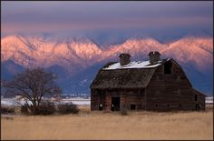 Old Barn with Sunset | Barn at Sunset"