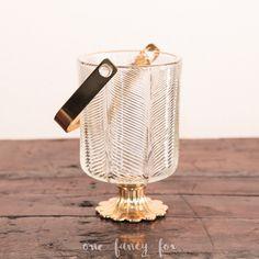 Vintage & Deko-Verleih! Hochzeitsdeko und Eventausstattung einfach mieten! Wunderschöner Eisbehälter mit Gold-Details und schwerer Qualität! Mehr Deko, Geschirr und Kleinmobiliar findest du in unserem Verleih!
