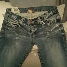 LUCKY BRAND JEANS  size 27 Super cute distressed Lucky Brand jeans.   Size 27 my item #17 Lucky Brand Jeans