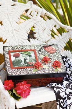 Carimbos românticos compõem caixa como presente para namorados / DIY, Craft, Upcycle