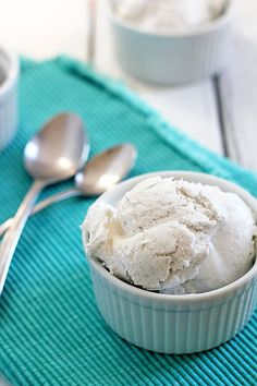 Sugar-Free Coconut Vanilla Ice Cream - only 2 ingredients and no ice cream maker needed!