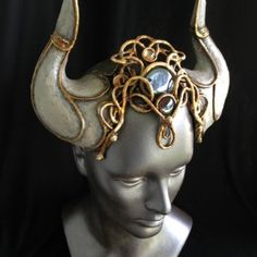 This would be PERFECT for a draenei cosplay!