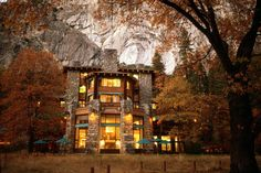 Tour Yosemite's Famous Ahwahnee Hotel