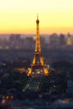 Eiffel Tower, Paris (Mohamed Khalil)