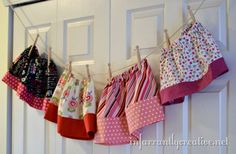 Darling little Skirt using two fat quarters and some elastic. So easy even for the beginner...good tutorial