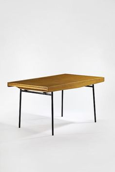 Ash and painted Metal Extension Dining Table for Meuble TV, Unique Furniture, Table Furniture, Vintage Furniture, Furniture Design, Extension Dining Table, Wood And Metal, Painted Metal, Mid Century Design, Modern Interior