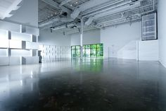 Haute Durvó in the raw ~ the space stripped down. Makes for the perfect blank canvas for any type of affair...Weddings, Bar/Bat Mitvahs, Fashion Shows, Music Concerts & Showcases, Trade Shows, Corporate Events, Art Exhibitions, etc., etc., etc.!!!! #NY #Parties #EventSpace #PartyPlanner