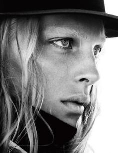 lirfons:    new look - Eugeniy Savchenko & Erik Andersson for interview magazine.