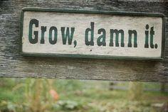 Cute wood sign idea for a garden #GoodGardens