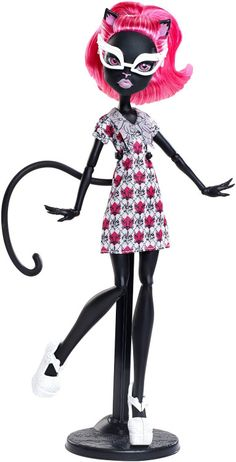 I couldn't resist when I found her on sale! Catty Noir, Creepy Cute, Monster High Dolls, Gothic Girls, Barbie Dolls, Art Reference, Cool Art, Geek Stuff, Cartoon