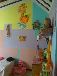 pader decorada y jirafa en fomy Baby, Fine Art, Giraffes, Manualidades, Jelly Beans, Cute Stuff, Xmas, Blue Prints, Baby Humor