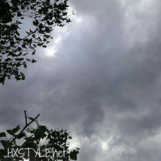LUONTO. SUOMI... SÄÄ, Pilvistä&Sateista... Missä Aurinko? KIEHTOVA TAIVAS,PILVET...LUONNOSSA, Ulkona on IHANAA katsella, ihmetellä ja ihailla LUONNON&MAAILMAN KAUNEUTTA ja ELÄMÄN&Kasvun Ihmettä. NAUTIN&Tykkään.. Hymy #elämä #luonto #kauneus #ihme #taivas #pilvet #puut #vesi #blogi #maailma ❤🌍👀👣📷☺💡⏰😉💓🙋