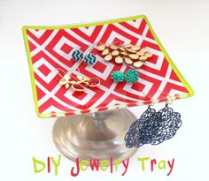 Quickest Project Ever: DIY Jewelry Tray