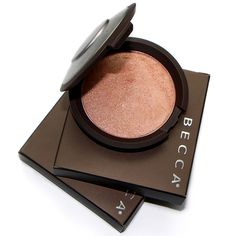 Shimmering Skin Perfector Pressed in Rose Gold
