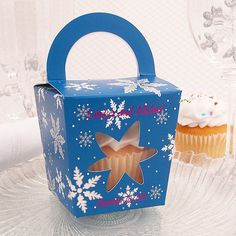 Personalized Holiday Snowflake Cupcake Boxes with Handles via My Wedding Reception Ideas
