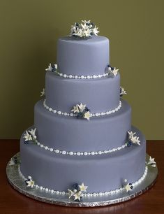 Unique elegant wedding cakes, A new dimension in wedding cake decoration and presentation for the bride who desires something more than the ordinary wedding cake. Description from beeweddingcake.com. I searched for this on bing.com/images