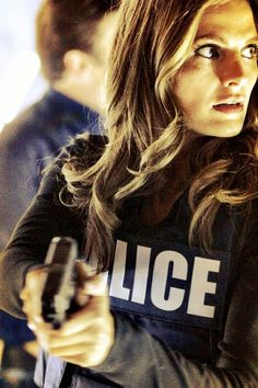 Show how much of a Beckett fan you are, by blogging about Castle - and getting paid for it!