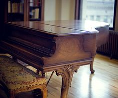 baby grand piano. this one looks very similar to the one luke got. :)