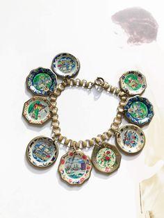 Vintage travel charm bracelet   rare 1940 s vintage souvenir travel plate  bracelet   ship, Holland, Washington DC, flowers   book chain 4e304c94de4b
