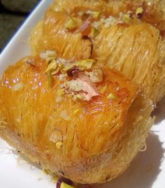 Greek Sweets, Greek Desserts, Greek Recipes, Greek Pastries, Afternoon Tea, Cookie Recipes, Cabbage, Deserts, Food And Drink