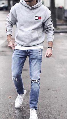 Estilo casual masculino este modelo nos presenta una sudadera de tommy hilfiger percio——  Pantalon vaquer zara parecio———  Zapatillas adidas stan smit precio——-