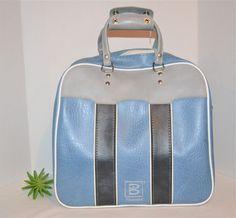 Vintage Closet, Bowling Bags, Vintage Butterfly, Blue Bags, Rockabilly, Leather Bag, Gym Bag, Minimal, Waves